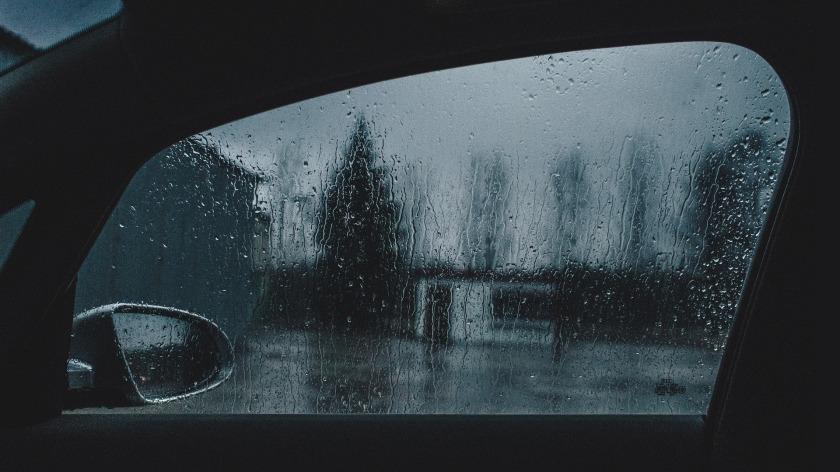 window-933485_1920