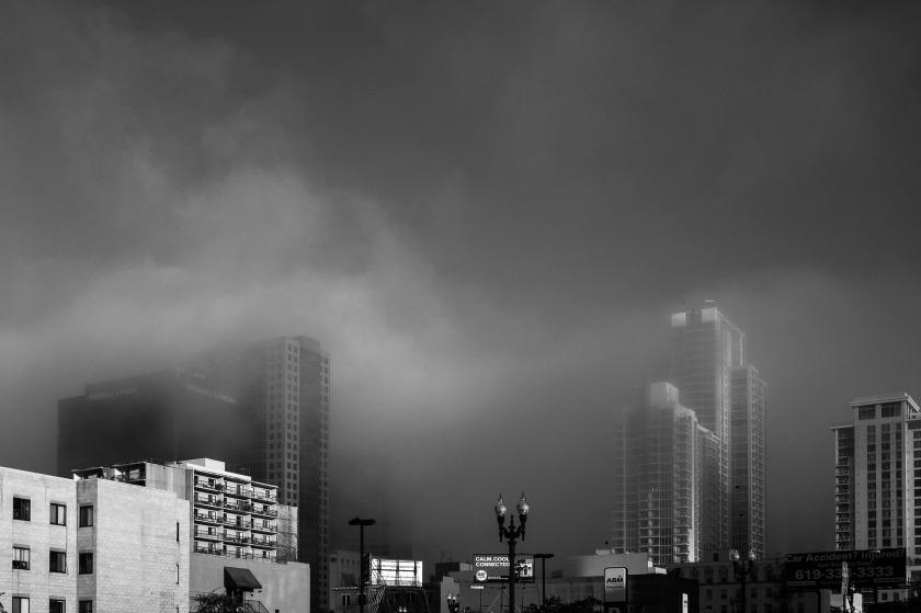 foggy-926102_1920